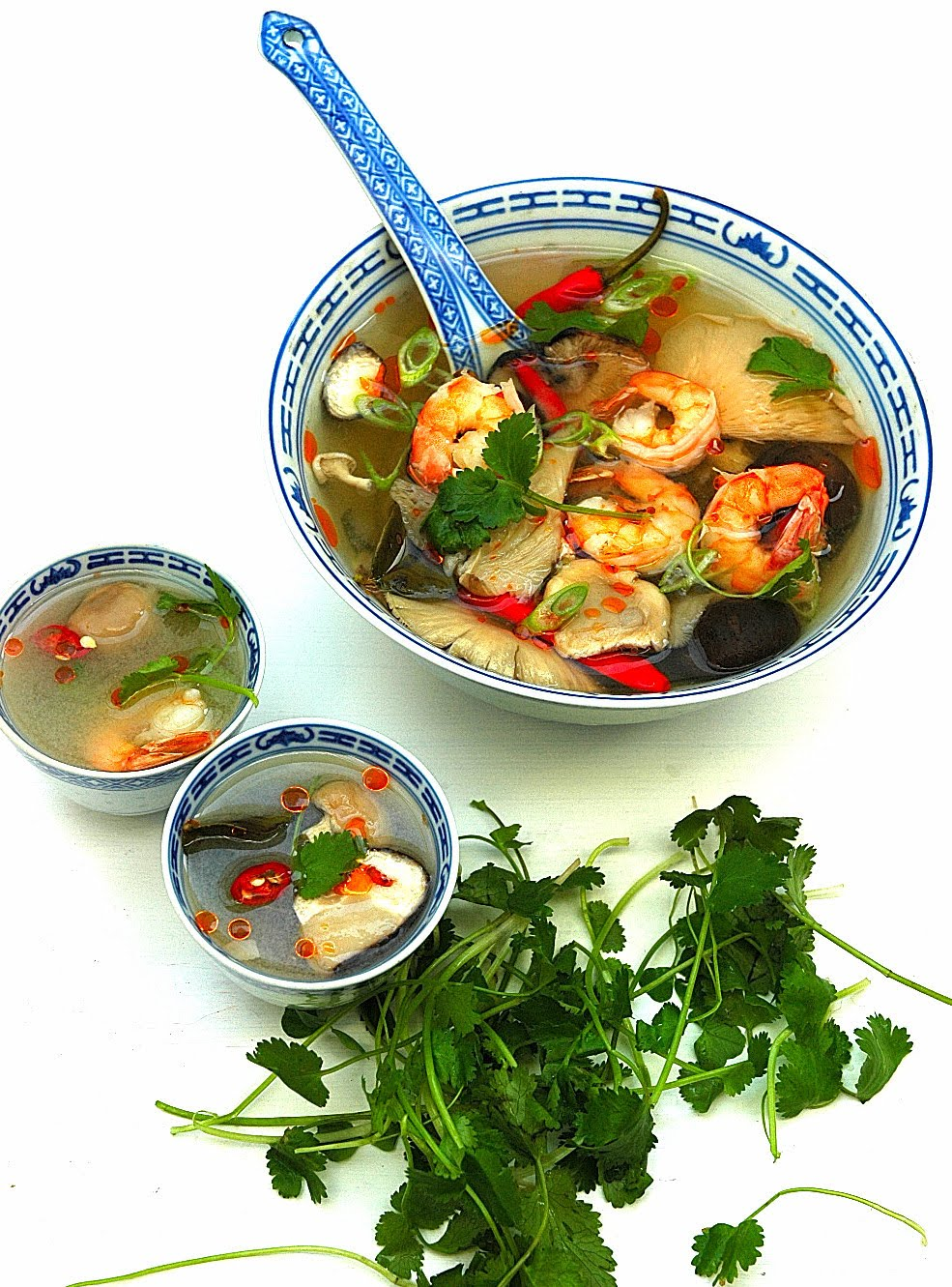 Authentic Thai food Tom Yum Goong Easy Cooking