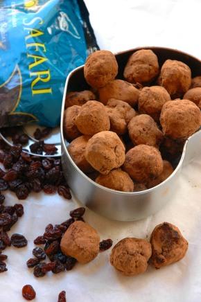 Scrumptious Rum and Raisin Chocolate Truffles on RSG